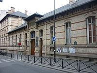 Facade-lycée-Molière(Paris)2.jpg