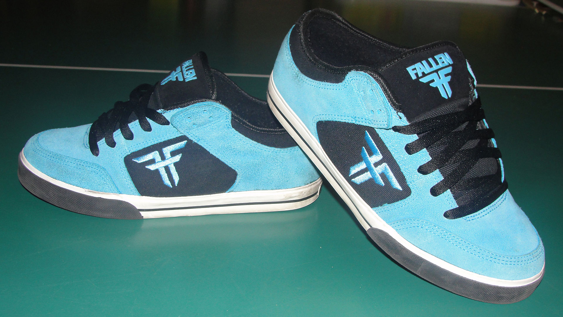 Skateboard Shoes For Wide Feet