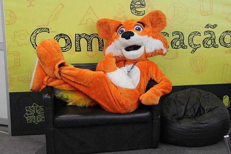 Firefox mascot - FISL 16.jpg