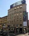 Foto Piazza San Babila Milano.png