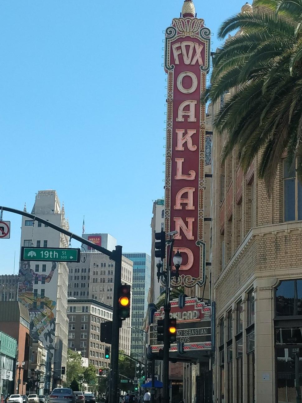 Fox-oakland-theatre-uptown-oakland
