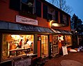 Frenchtown, New Jersey (4338750402).jpg