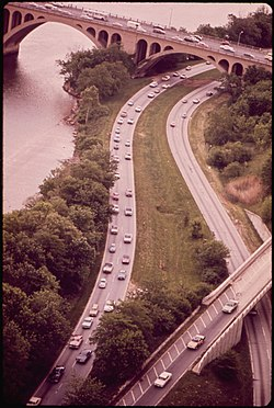 GEORGE WASHINGTON MEMORIAL PARKWAY ON VIRGINIA, LOOKING NORTH TO KEY BRIDGE - NARA - 546588.jpg