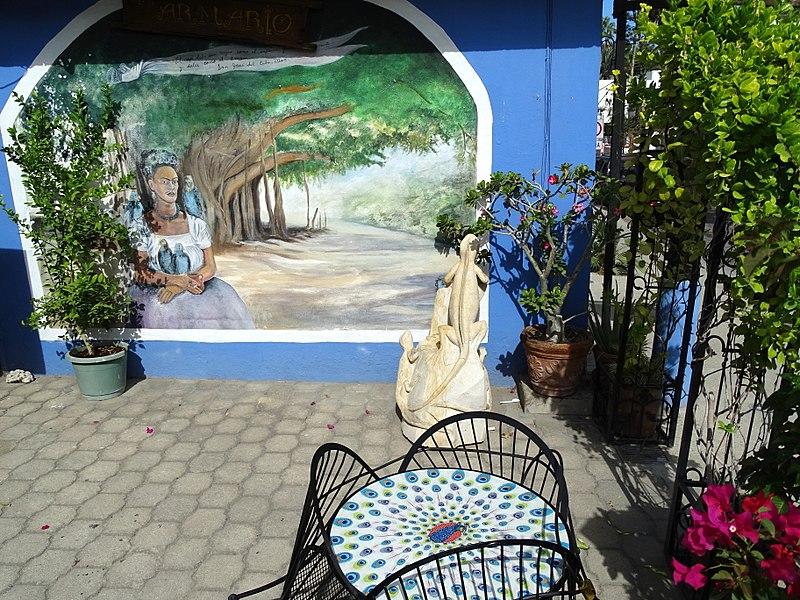File:Garden Scene - San Jose del Cabo - Baja California Sur - Mexico (24030324132) (2).jpg