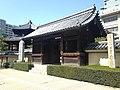 Gate and Rokkakudo Hall of Tochoji Temple.JPG