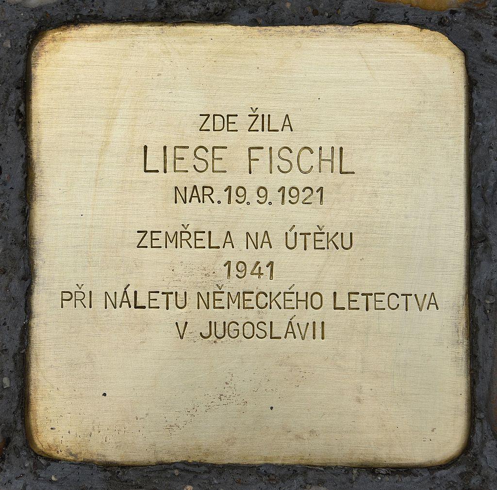Gedenkstein für Liese Fischl.jpg