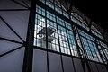 Glassfassade mit Blick auf einem Förderturm.jpg