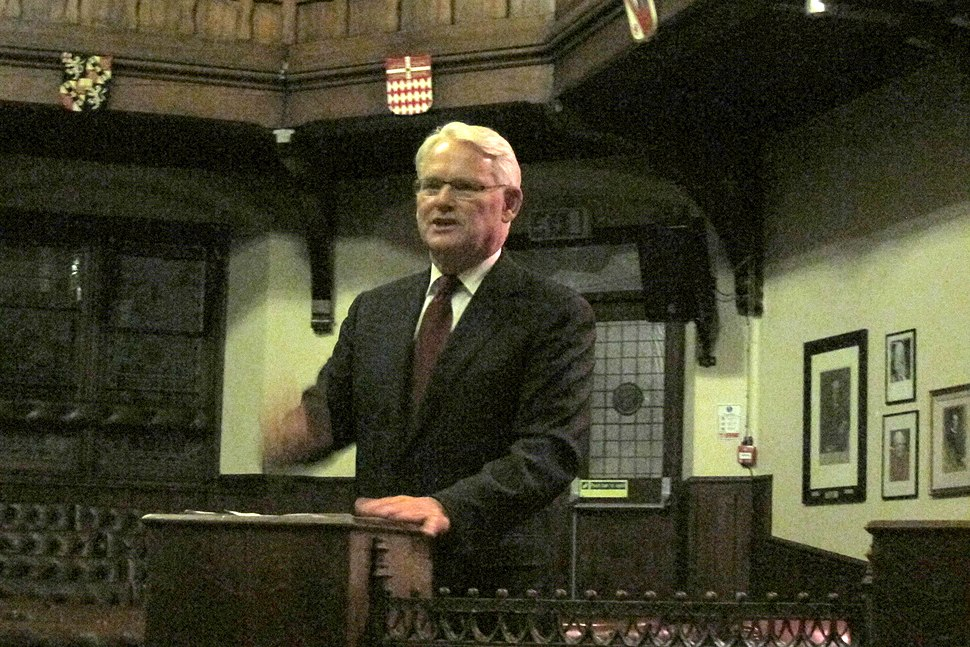 Gordon Campbell speaking at the Cambridge Union Society