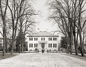 1813 in architecture - Executive Mansion (Virginia) photographed in 1905