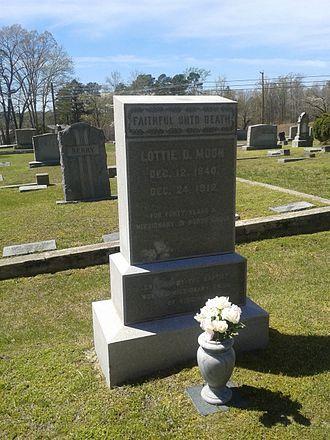 Lottie Moon - Moon's gravesite in Crewe, Virginia