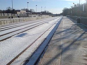 Greenbelt station - MARC train platforms at Greenbelt station (facing south)