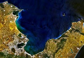Gulf of Tunis NASA.jpg