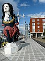 Gunwharf Figurehead. - panoramio.jpg