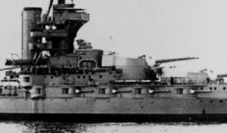 Iron Duke-class battleship - Image: HMS Marlborough starboard secondary battery