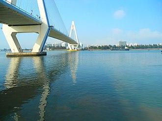 Haidian River - Image: Haidian River at mouth entering Haikou Bay 01