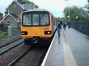 Harrogate line - 144008 at Headingley, May 2006.