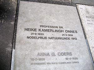 Heike Kamerlingh Onnes - Grave of Kamerlingh Onnes in Voorschoten