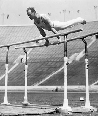 Heikki Savolainen (gymnast) - Savolainen at the 1932 Olympics