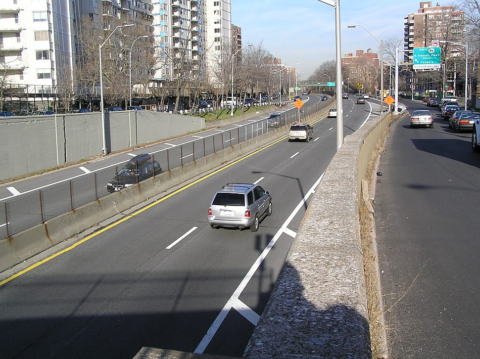 Henry Hudson Parkway in Riverdale
