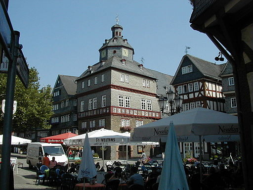 Herborn-town-hall