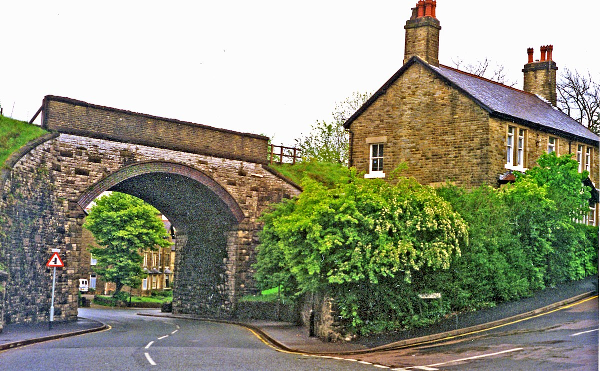 buxton chat sites Hoseasons have been providing fantastic uk family holidays for more than half a century, and today we are the leading uk holiday company book today.