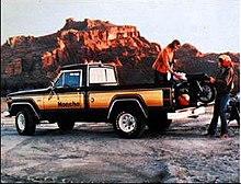 Jeep Gladiator (SJ) - Wikipedia