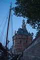 Hoofdtoren Hoorn vanaf kade.jpg
