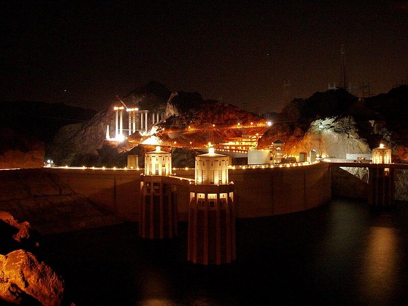 File:Hoover dam at night.JPG