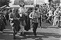 Horeca-serveerrace in Amsterdamse Jordaan moment tijdens de race, Bestanddeelnr 929-3427.jpg