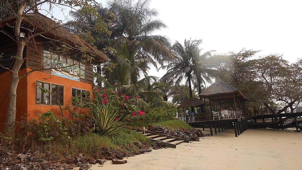 Hotel Ecolodge Ponta Anchaca 02