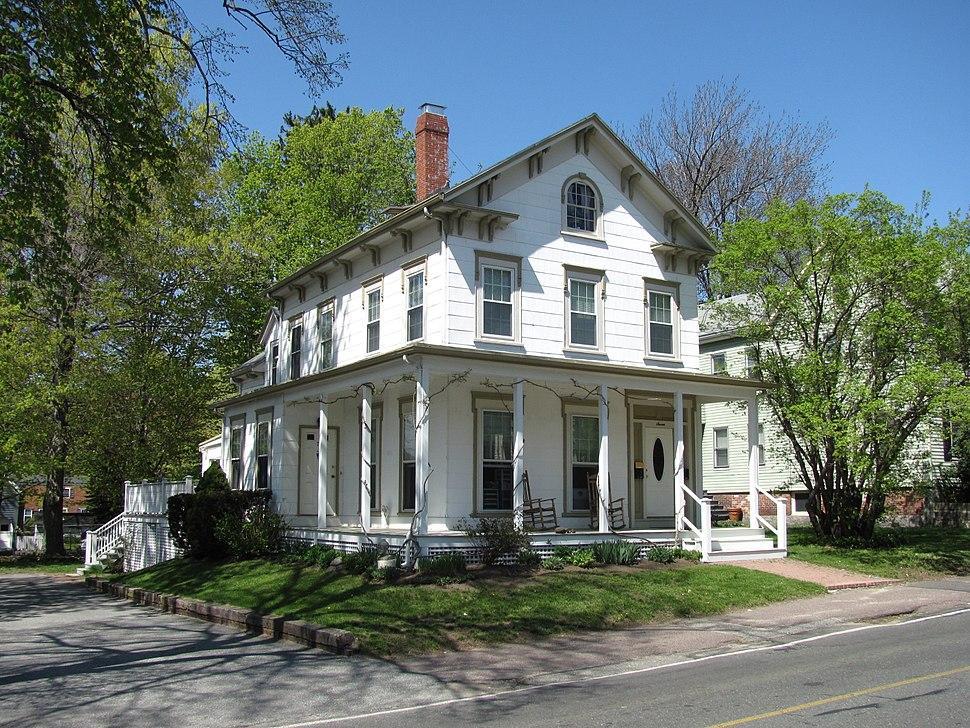 House at 7 Salem Street, Wakefield MA