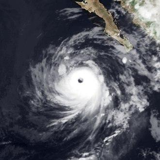 1983 Pacific hurricane season - Image: Hurricane Manuel Sep 17 1983 0615Z