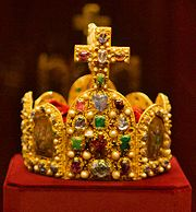 Imperial Crown of the Holy Roman Empire front