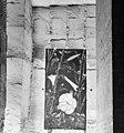 Interieur gangenstelsel, schildering van H. Koene uit 1943 met sporen van blokbrekers - Maastricht - 20322093 - RCE.jpg