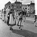Internationaal folkloristische optocht Arnhem. Trachten-Verein Dusslingen, Duits, Bestanddeelnr 907-9241.jpg