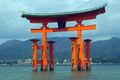 ItsukushimaTorii7403A.jpg