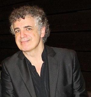 Jakko Jakszyk UK guitarist, singer and songwriter