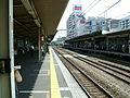 JREast-Musashino-line-Nishi-kokubunji-station-platform.jpg