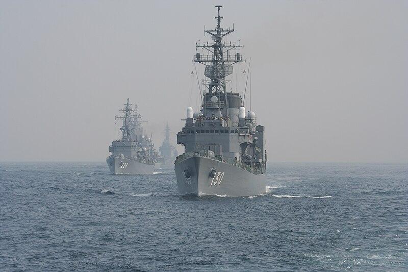 """初雪级DD-130""""松雪号""""护卫舰"""