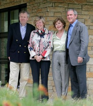 Jaap de Hoop Scheffer - From left to right. Jaap de Hoop Scheffer and wife Jeannine visiting Laura and George W. Bush at the Bush Ranch in Texas in 2007.