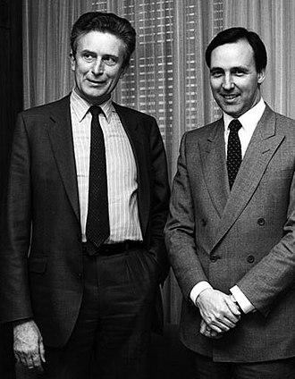 Paul Keating - Keating as Treasurer in 1985, meeting with OECD Secretary-General Jean-Claude Paye.