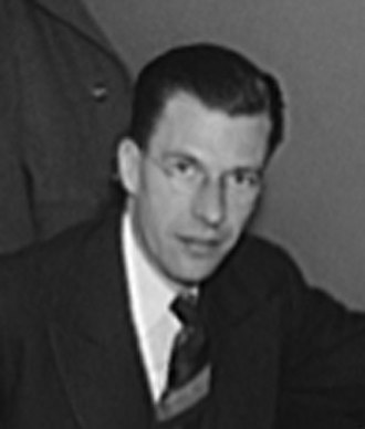 John Kenneth Galbraith - Image: John Kenneth Galbraith OWI