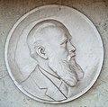 Jost Johannes Portraitmedaillon Grab.jpg
