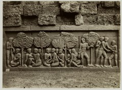 KITLV 28059 - Kassian Céphas - Relief of the hidden base of Borobudur - 1890-1891.tif
