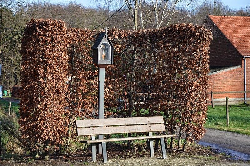 File:Kapelletje op Schegel, Zandhoven.JPG