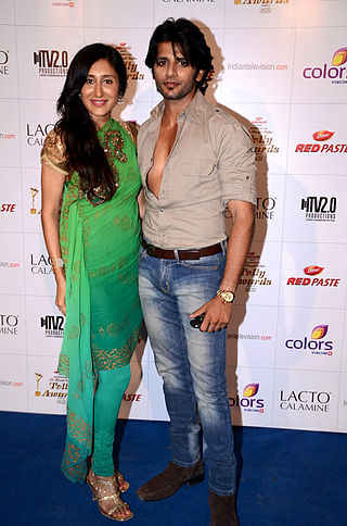Karanvir Bohra And Tina Parekh Karanvir Bohra with wife