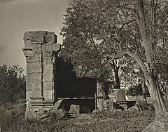 Kashmir Hindu temple ruins in Pathan area, 1868 photo.jpg