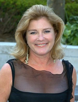 English: Kate Mulgrew at the 2009 premiere of ...