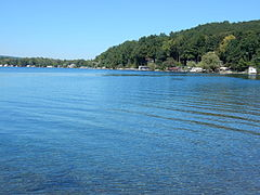Keuka Lake from State Park 01.JPG