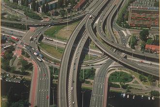 Interchange (road) - Image: Kleinpolderplein